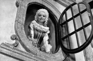 Panienka z okienka (1964)